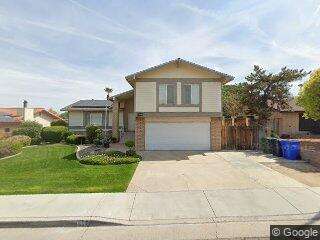 408 Sierra St, Taft, CA 93268