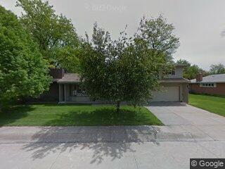 411 W 5th St, Oshkosh, NE 69154