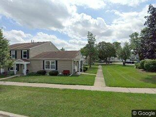 413 Sidney Ave #B, Glendale Heights, IL 60139