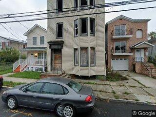 426 S 9th St, Newark, NJ 07103