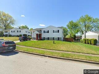 5 Elkhart Ct, Rosedale, MD 21237