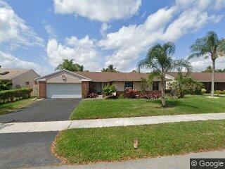 511 Lexington Ave, Davie, FL 33325