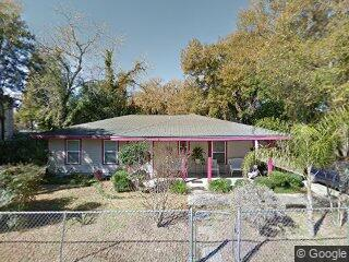 520 NW 7th St, Gainesville, FL 32601