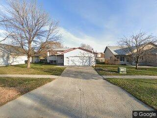 5274 W Maple Ave, Grand Forks, ND 58203