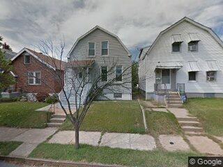 5345 West Ave, Saint Louis, MO 63116