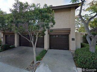 5957 Gaines St, San Diego, CA 92110