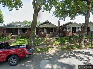 6521 Etzel Ave, Saint Louis, MO 63130