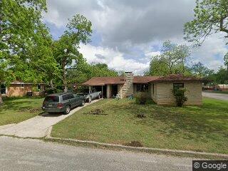 732 Bismark St, Seguin, TX 78155