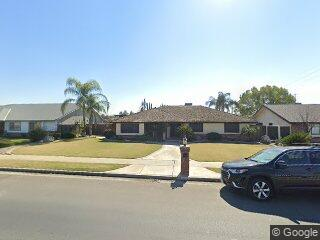 8017 Olive Dr, Bakersfield, CA 93308