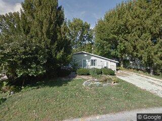 902 E Burkwood Dr, Urbana, IL 61801