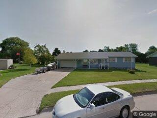 909 West Ave, Gibbon, NE 68840