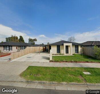Streetview of 15 Ainsleigh Court, Cranbourne VIC 3977