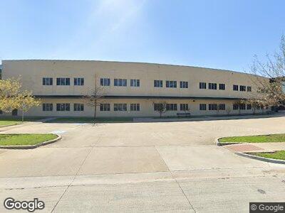 Oran M Roberts Elementary School