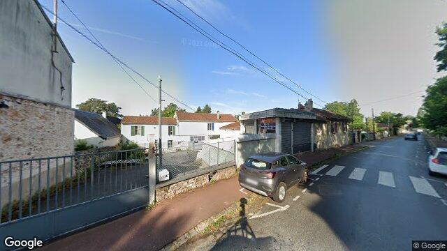 Garage des donjons soisy sur seine for Garage peugeot essonne