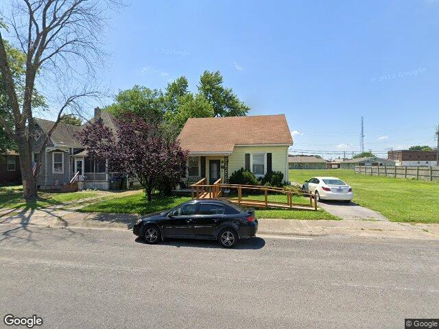117 N 3rd St, Dupo, IL 62239