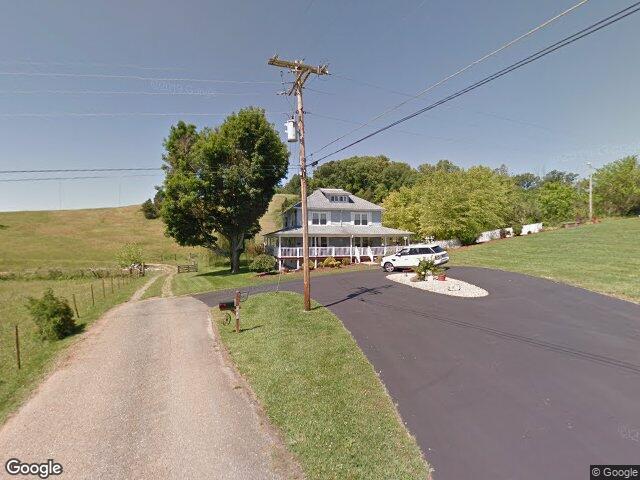 132 Sanders Rd, Jonesborough, TN 37659