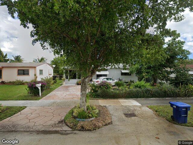15625 NE 11th Ct, North Miami Beach, FL 33162