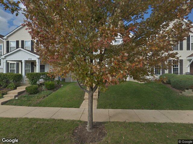 1586 Linden Park Ln, Aurora, IL 60504