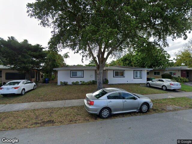 17120 NE 11th Ct, North Miami Beach, FL 33162