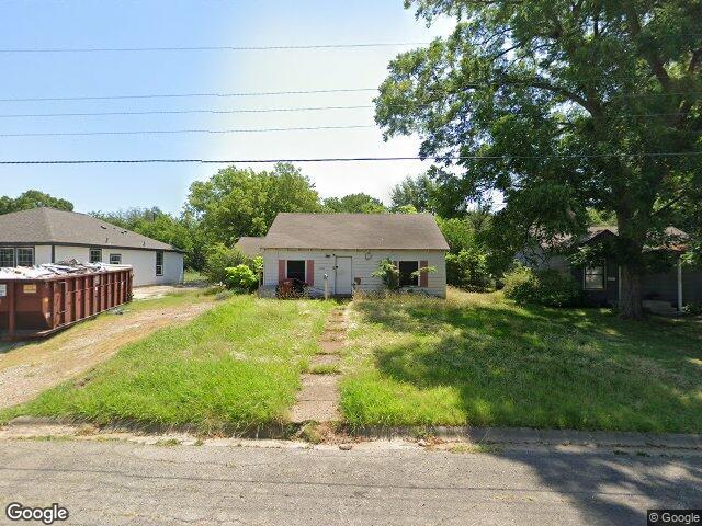 1928 Agnew St, Bonham, TX 75418