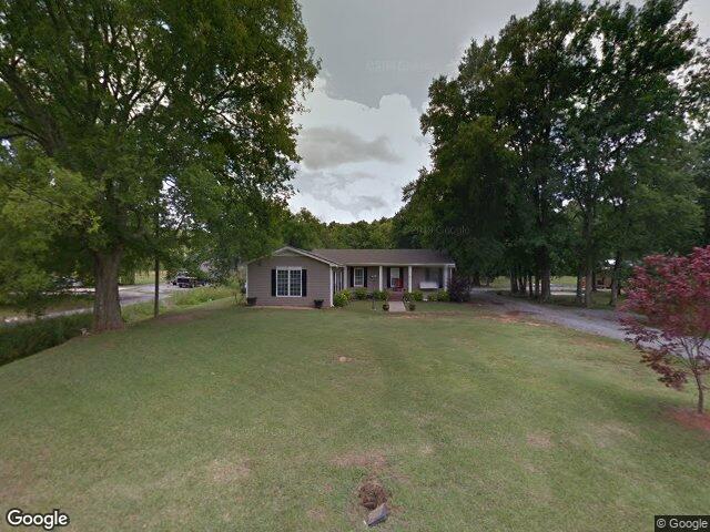 202 W Piney Grove Rd, Falkville, AL 35622