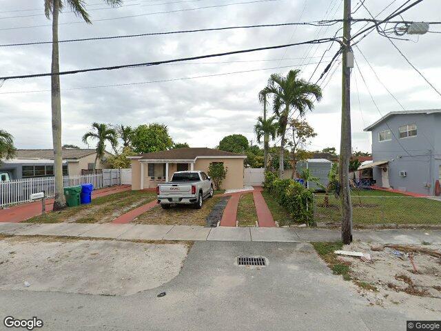 215 NW 50th Ave, Miami, FL 33126