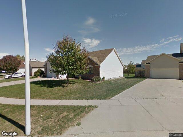 2916 Summerwood Dr, Springfield, IL 62712