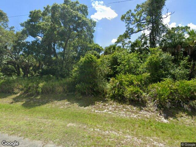 3023 N Lakewood Rd, Labelle, FL 33935