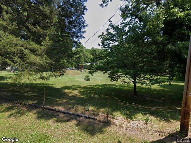369 Loop Rd, Rockwood, TN 37854