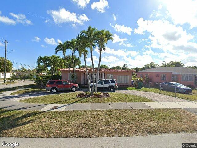 4400 SW 2nd St, Coral Gables, FL 33134