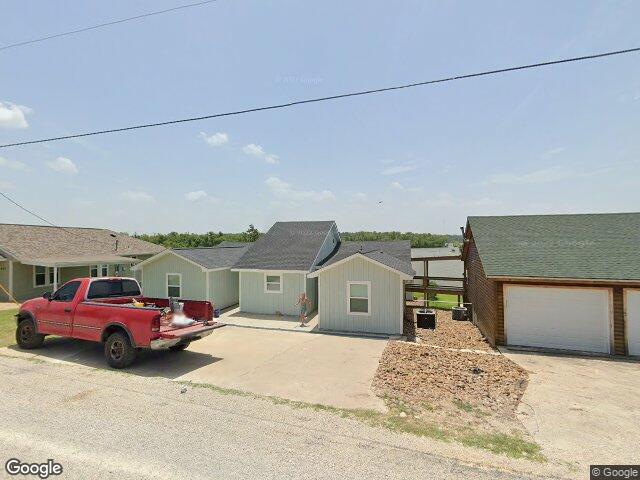444 Birch Dr, Onalaska, TX 77360