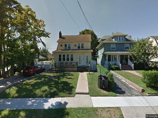 55 Southside Ave, Freeport, NY 11520