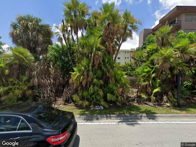 605 NW 72nd Ave #310, Miami, FL 33126