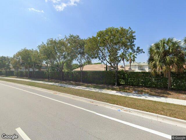 76 Belle Grove Ln, Royal Palm Beach, FL 33411