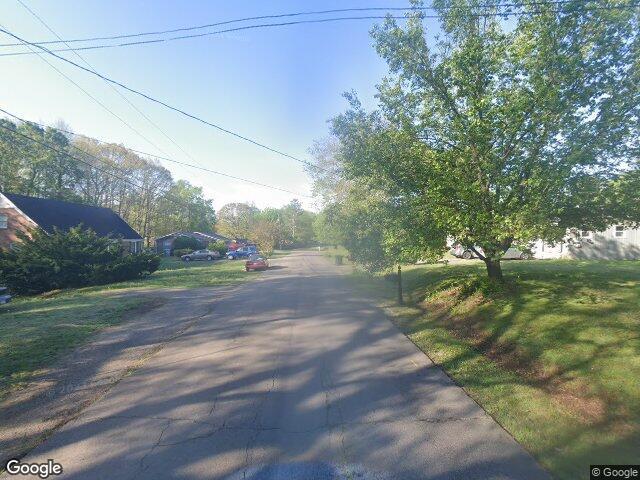 Pine Cir, Lawrenceburg, TN 38464