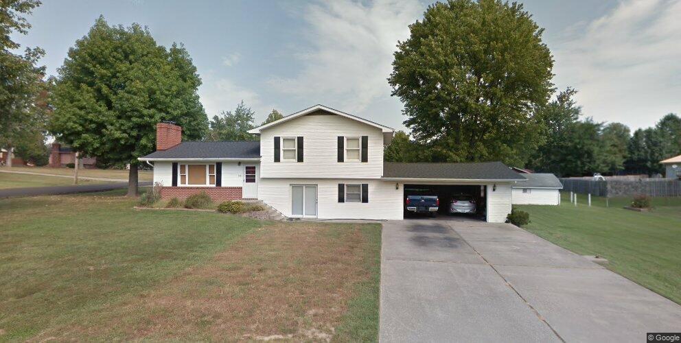100 Belinda Rd, Marion, IL 62959