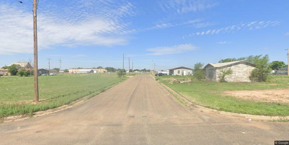 100 W Carver St, Plainview, TX 79072