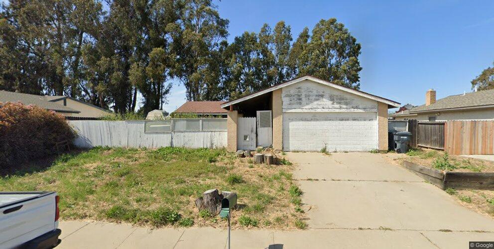1013 E Bush Ave, Lompoc, CA 93436