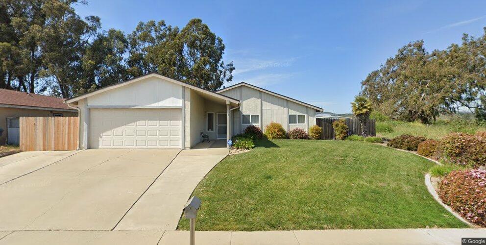 1017 E Bush Ave, Lompoc, CA 93436