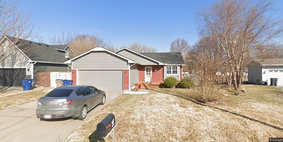 10410 E Bluestem St, Wichita, KS 67207