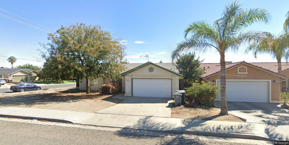 1048 E Yosemite St, Avenal, CA 93204