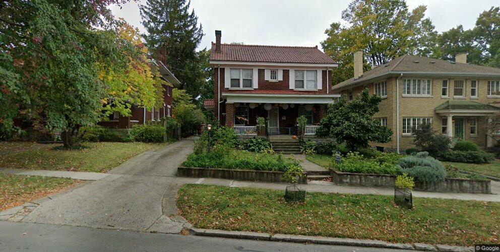 1048 Fontaine Rd, Lexington, KY 40502