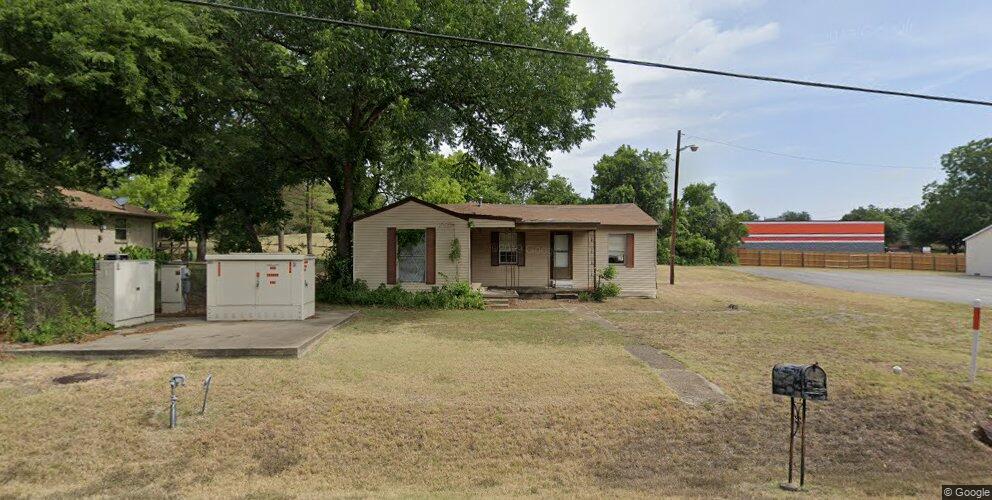 107 Spinner Rd, Desoto, TX 75115