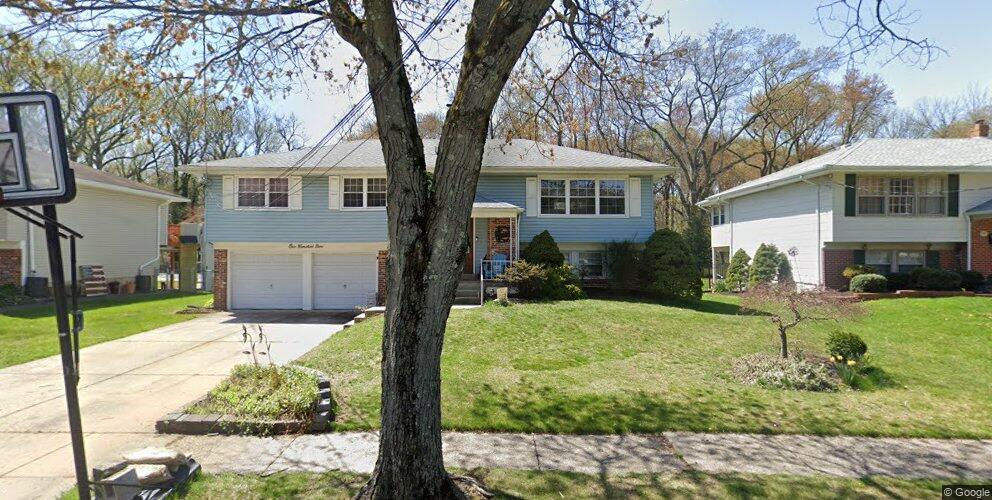 109 Chatham Rd, Mount Laurel, NJ 08054