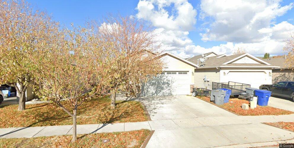 1090 W York Dr, North Salt Lake, UT 84054