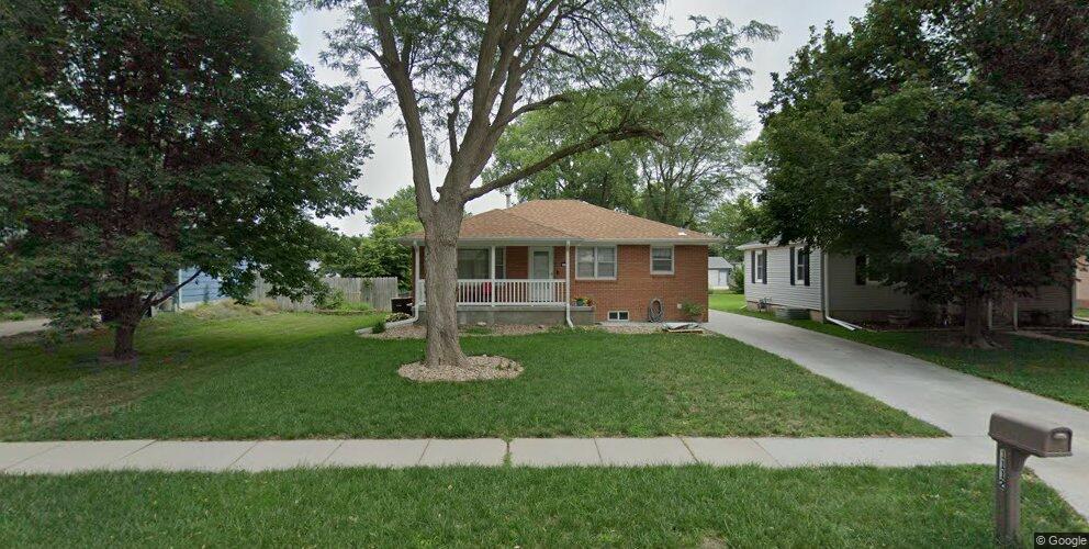 1112 Washington Ave, Hastings, NE 68901
