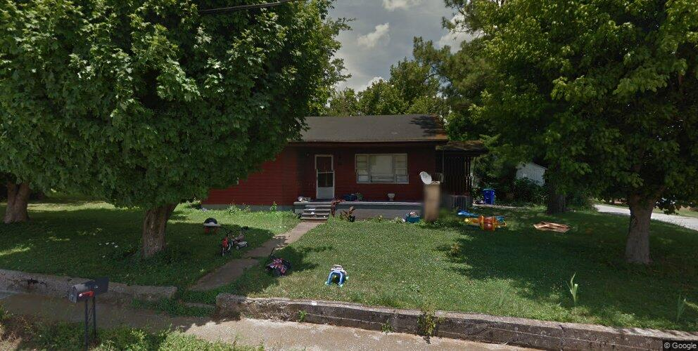 116 S Lincoln St, Auburn, KY 42206