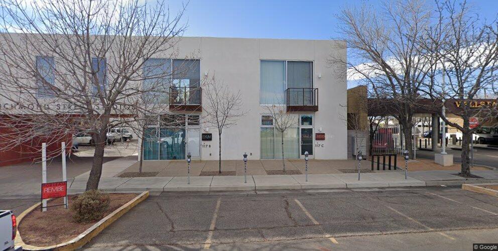 117 Richmond Dr SE, Albuquerque, NM 87106