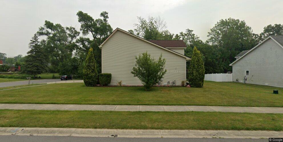 117 W 58th Pl, Merrillville, IN 46410