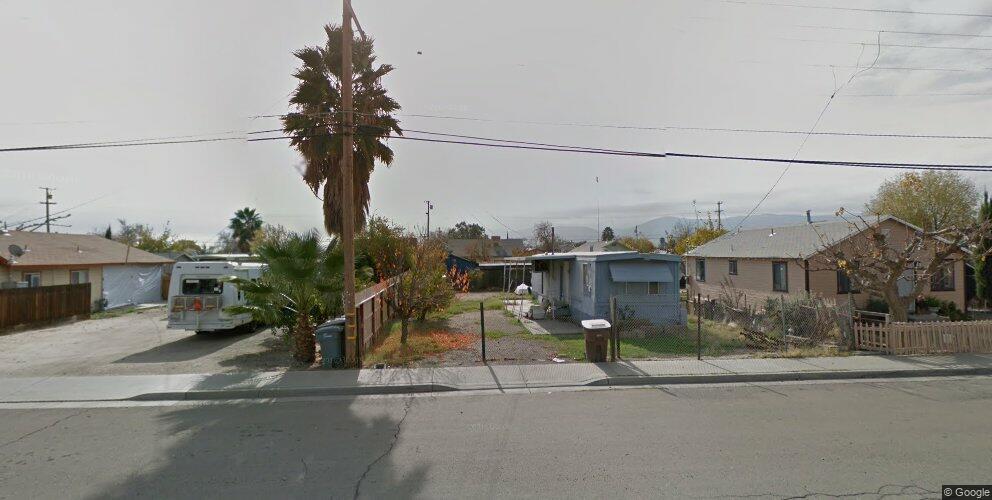 120 E San Joaquin St, Avenal, CA 93204